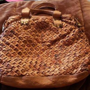 Gorgeous Italian leather purse NEW.